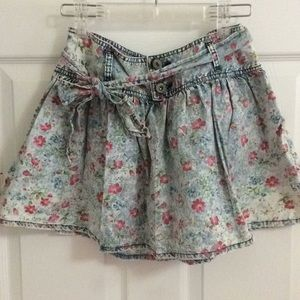 Cute flower skirt